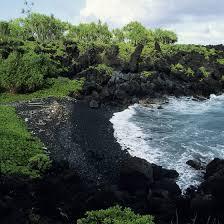 black sand beach hawaii islands with black sand beaches getaway usa