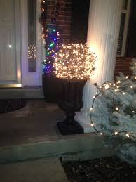 Christmas Light Balls For Trees by Christmas Glow Balls Made With Chicken Wire And Clear Lights My