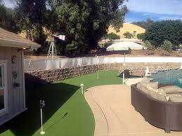 Small Backyard Putting Green Green Lawn Ali Chuk Arizona Putting Green Flags Backyard Ideas