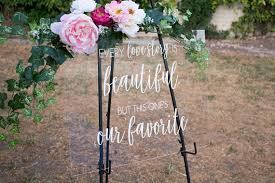 diy wedding signs 22 gorgeous acrylic wedding signs to buy or diy