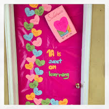 decorate door for valentine valentines day door