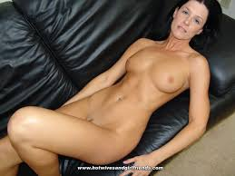 Milf On Sofa Showing Images For Lying On Sofa Www 101xxx Xyz