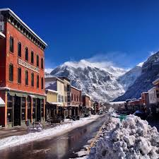 10 most beautiful mountain towns includes telluride lodging in