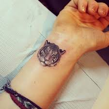 sort of what i want but i want the tiger to be snarling covered