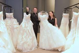 chelsea clinton wedding dress here comes vera wang fashion and lifestyle features the