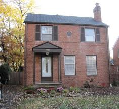 small colonial homes red brick colonial