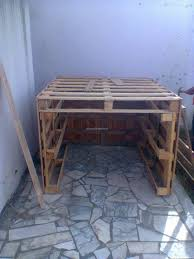 Diy Patio Furniture Out Of Pallets - diy kids playhouse out of pallets pallet ideas recycled