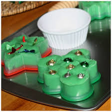 christmas play dough fine motor play bins for hands