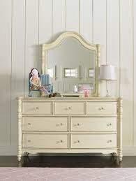 Ava Mirrored Bedroom Furniture A Room Fit For A Princess U2013 Hooker Furniture Corporation