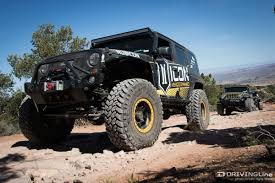 jeep safari 2015 sitting on top of the world in moab at the 2015 easter jeep safari