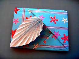How To Make Origami Greeting Cards - how to make an origami leaf card