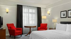 hotel rooms in central london le meridien piccadilly official family room including breakfast