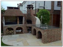 outdoor kitchen with pizza oven design kitchen set home
