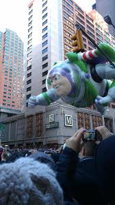 thanksgiving eve nyc 221 best everyone loves a parade images on pinterest parade
