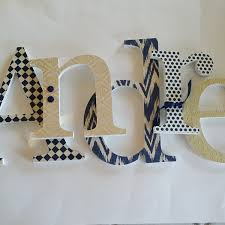 how to make your own letter wall the love nerds diy a big colorful