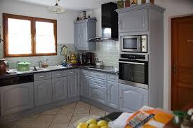 cuisine ancienne a renover photos de cuisine repeinte renover bois en grise parquet clair