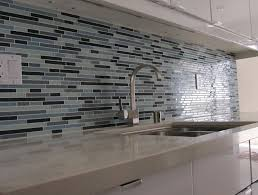 pictures of glass tile backsplash in kitchen home design ideas