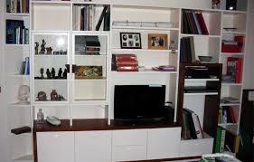libreria tv libreria laccata con spazio porta tv legno