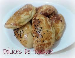 recette cuisine turc petits pains fourrés à la feta beyaz peynirli poğaça délices