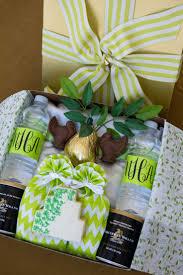 bride groom wedding favor boxes 319 best wedding favors u0026 gifts images on pinterest
