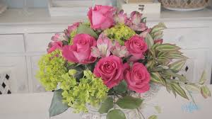 How To Make Floral Arrangements Step By Step Making A Simple Round Rose Arrangement Floristry Tutorial Youtube