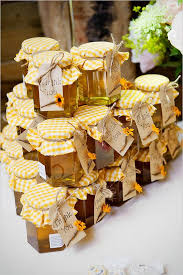 honey favors 25 and easy wedding favor ideas deer pearl flowers