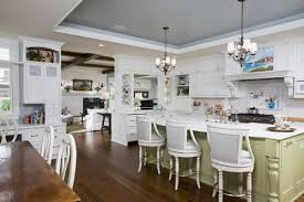 chandeliers for kitchen islands 28 best beautiful mini chandeliers images on