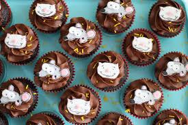 toopy binoo cupcakes baking with best