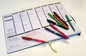 Organizing Yourself   10 must have tools for organizing yourself and your workspace a