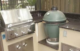 outdoor kitchens with granite countertops