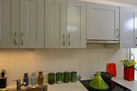 cuisine rustique et moderne repeindre meuble cuisine rustique élégant placard cuisine moderne