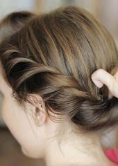 Hochsteckfrisurenen Schnell Und Einfach Selbst Gemacht by Einfache Flechtanleitungen Für Tolle Frisuren Für Sie