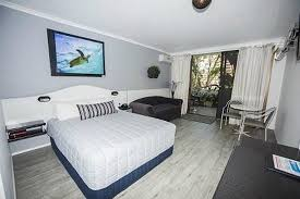 Palm Court Bedroom Furniture Palm Court Motor Inn Updated 2017 Prices U0026 Motel Reviews Port