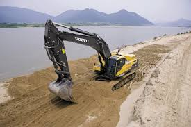 big d volvo digging for information utility contractor magazine