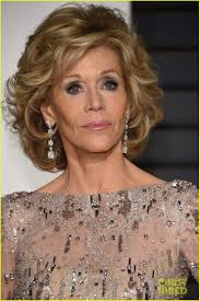 bing hairstyles for women over 60 jane fonda with shag haircut jane fonda looks amazing at age 77 see her oscars 2015 look