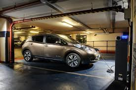 nissan finance total loss 30 kwh nissan leaf now cheaper as base s gets bigger battery for