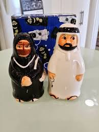 Novelty Salt And Pepper Shakers Brenda Hyde The Perfect Souvenir