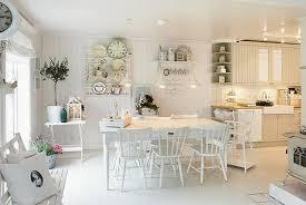 küche landhaus deko ideen landhausstil 93 10 helle küchen esszimmer