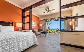chambre deluxe chambre deluxe avec vue sur l indien le meridien ile maurice