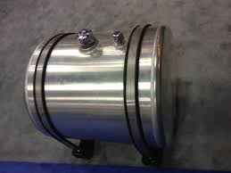aluminum steel u0026 plastic hydraulic tanks for medium u0026 heavy duty