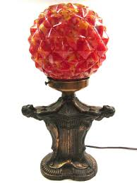 art deco vintage copper tone three ladies figural lamp with red