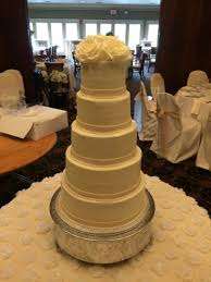 all wedding cakes icing on the top