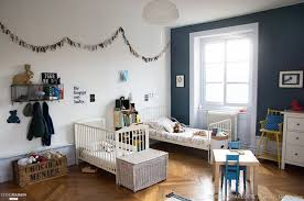 chambre enfants design deco chambre enfant garcon bleu lit modele gris decoration