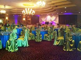 peacock centerpieces peacock decorations for wedding best peacock decorations for