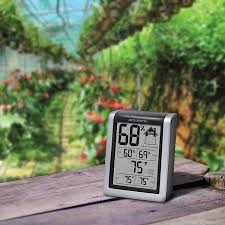 amazon com acurite 00613 humidity monitor with indoor thermometer