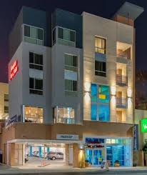 Glendale Americana Barnes And Noble Hampton Inn And Suites Glendale Ca Booking Com