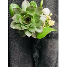 prom corsage and boutonniere prom flowers pickerington oh newark ohio hebron ohio
