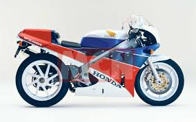 superbike honda honda s new v4 superbike is taking shape for 2019 unveiling mcn