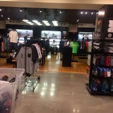foot locker black friday footlocker 44 photos u0026 46 reviews shoe stores 427 los