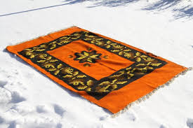 How To Clean Kilim Rug How To Clean A Rug With Snow Apartment Therapy